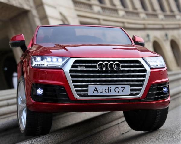 Kids Audi Q7 Licenced 12v Electric ride on car - Red-10848