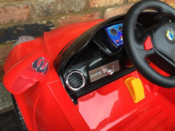 Alfa Romeo 4C Spider Style Roadster 12V Ride on Car - Red-12651