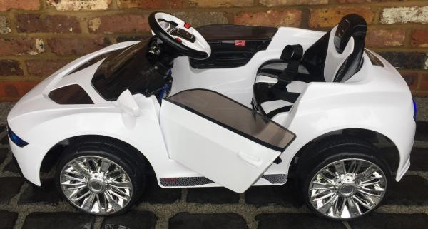 Kids R8 Spyder Style Roadster 12V Battery Electric Ride on Car - White-13114