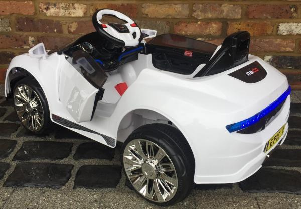 Kids R8 Spyder Style Roadster 12V Battery Electric Ride on Car - White-13119