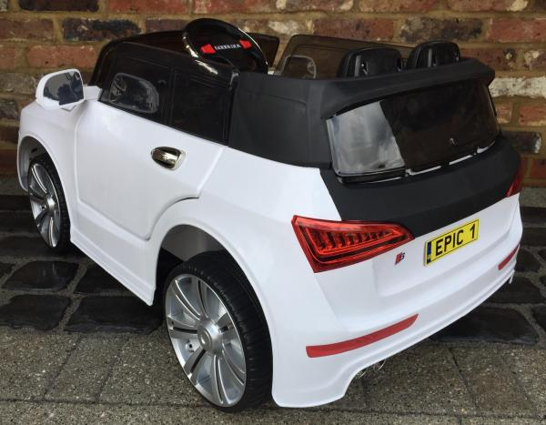 Audi Q7 Style Car 12v Battery / Electric Ride on Car White-12723