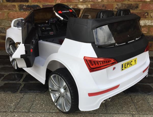 Audi Q7 Style Car 12v Battery / Electric Ride on Car White-12719