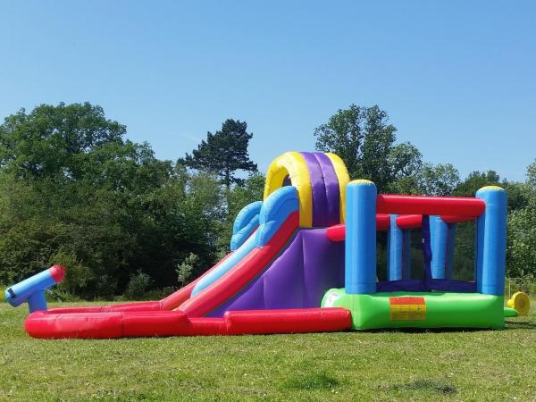 BeBop Total Wipeout Kids Inflatable Bouncy Castle and Water Slide-13533