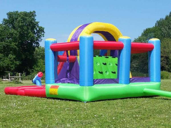 BeBop Total Wipeout Kids Inflatable Bouncy Castle and Water Slide-13536