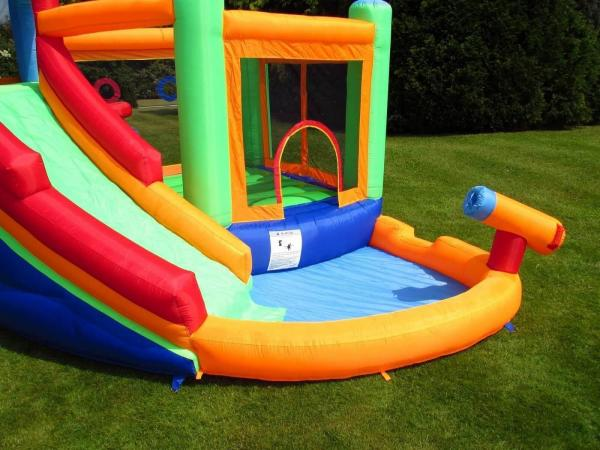 BeBop Canyon Kids Bouncy Castle and Water Slide-13523
