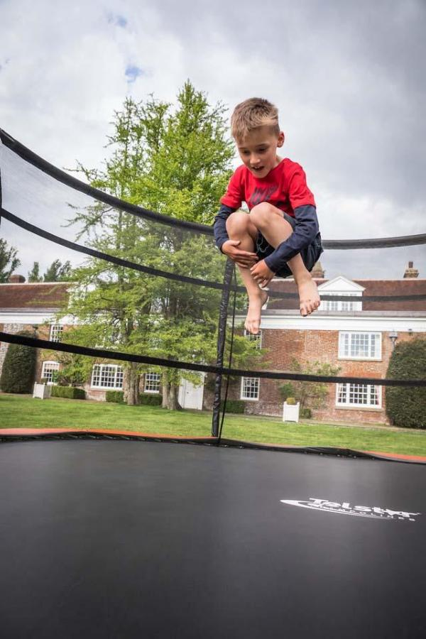 Telstar Jump Capsule Deluxe MK 3 14ft Round Trampoline and Enclosure Package -14033