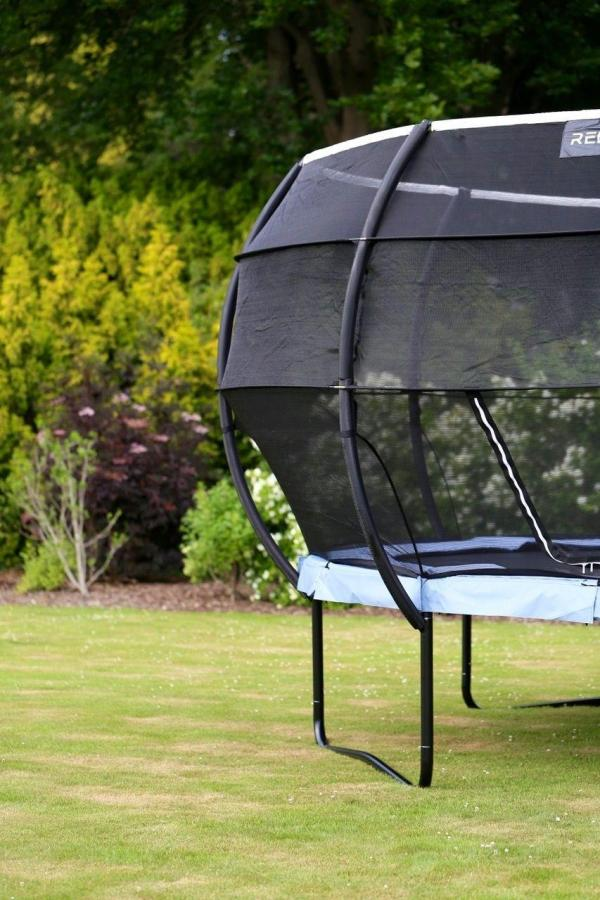 Rebo Gravity Pod 14ft Trampoline with Halo III Safety Enclosure-16223