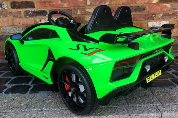 Kids Licensed Lamborghini Aventador SV Roadster 12V Battery Electric Ride on Car with Remote Control - Green-16554