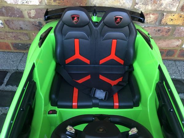Kids Licensed Lamborghini Aventador SV Roadster 12V Battery Electric Ride on Car with Remote Control - Green-16550