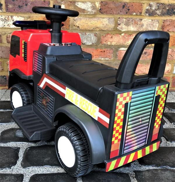 The Big Red 6v Ride On Fire Engine -17085