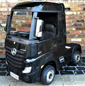 Licensed Mercedes Benz Actros 12v Ride On Lorry Artic Truck - BlackLicensed Mercedes Benz Actros 12v Ride On Lorry Artic Truck - Black -0