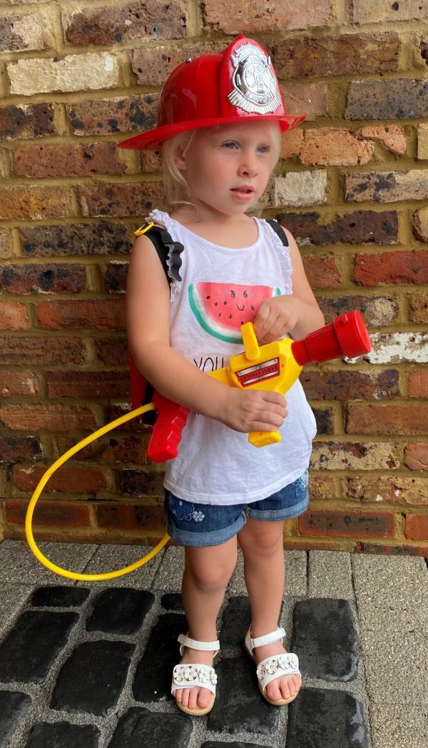 Kids 12v Big Red Ride On Fire Engine -20189